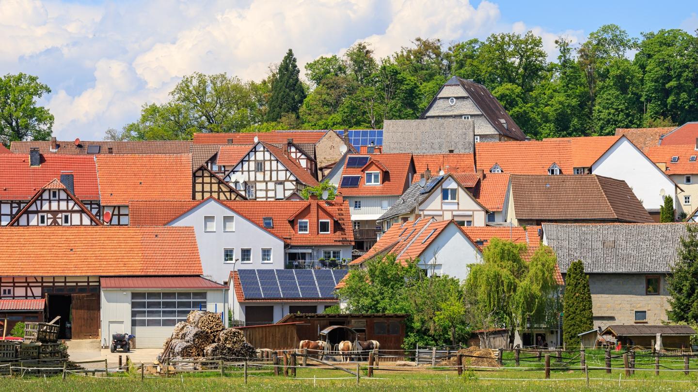 Blick vom Alten Postweg auf das Malerdorf