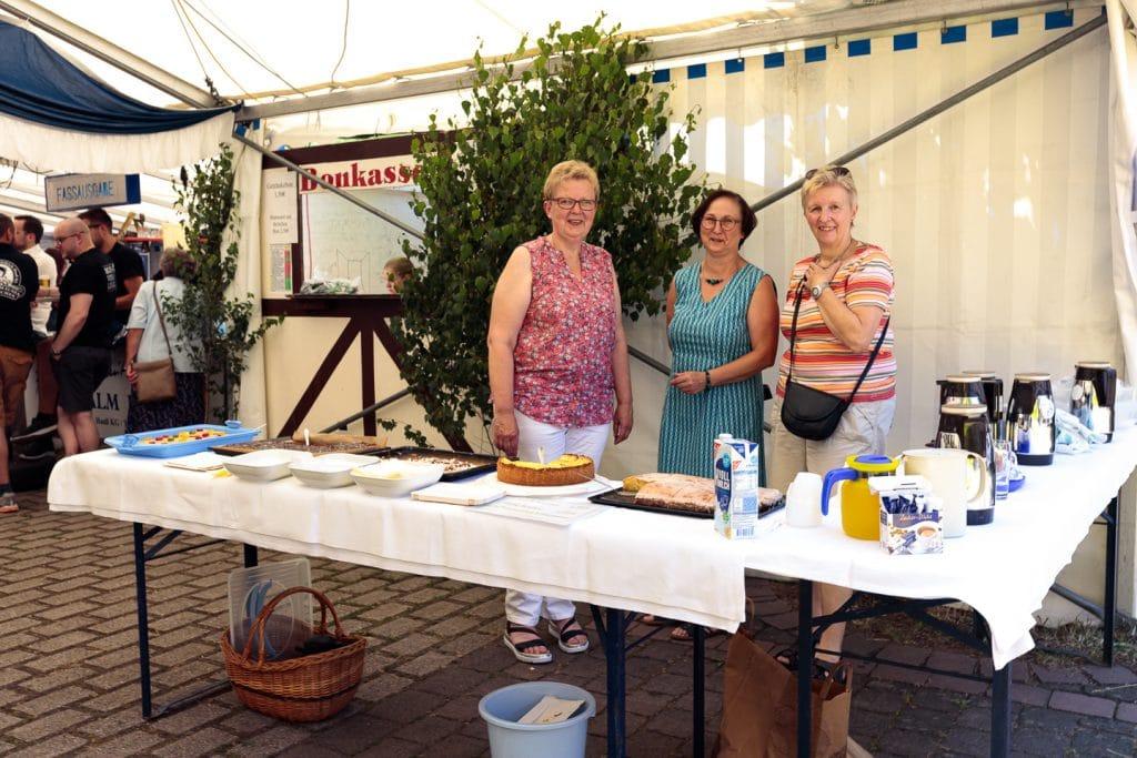 Kuchenverkauf der Landfrauen
